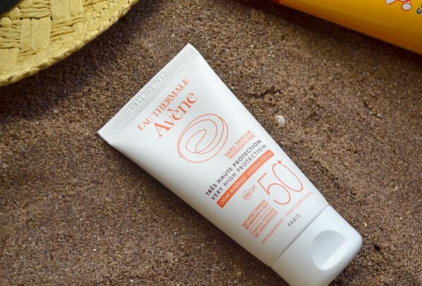 Avene Very High Protection Mineral Lotion SPF50+.