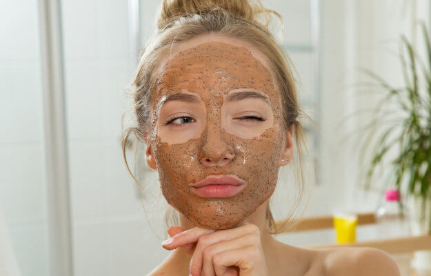 Tẩy tế bào chết cho da mặt là gì