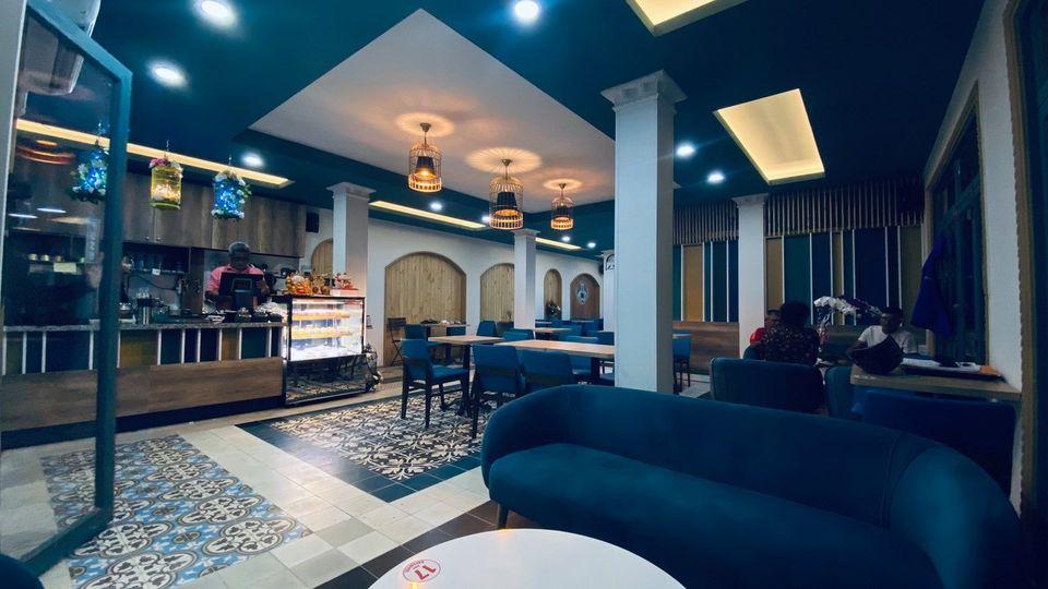 Art Coffee Long Xuyên cò decor khá độc đáo | Địa điểm dừng chân lý tưởng khi du lịch long xuyên